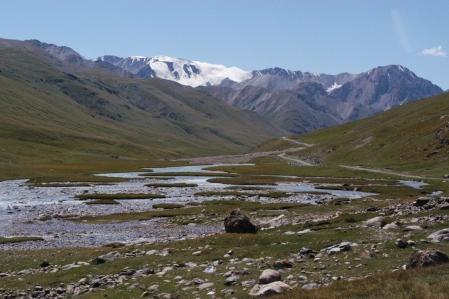 Tosor Ashuu Pass 3.893 Meter